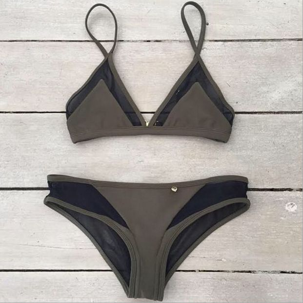 """Item Type:Swimwear Material:Nylon Pattern:Solid Color Style:Fashion,Sexy Color:Photo Color Size: XS (US size) Bust: 31-33"""", Waist: 23-25"""", Hips: 33-35"""" S (US size) Bust: 33-35"""", Waist: 25-27"""", Hips: 3"""
