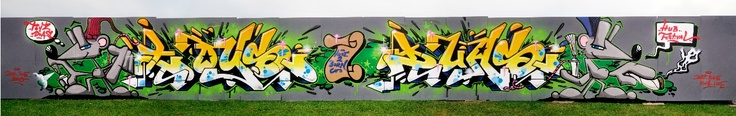 TOYS DUAS at COMBAT CALLIGRAPHY JAM. LIVERPOOL 2010. A ZAP GRAFFITI ARTS JOINT.
