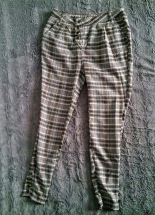 Kup mój przedmiot na #vintedpl http://www.vinted.pl/damska-odziez/spodnie-inne/13760091-spodnie-w-kratke-cygaretki-fishbone-xxsxs