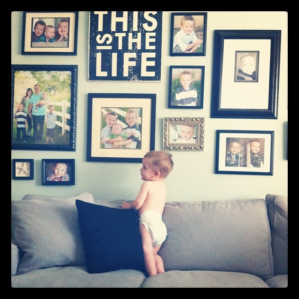 this is the life photo arrangementWall Hangings, Wall Decor, Living Room Wall Quotes, Life Signs, Decorating Living Rooms, Life Wall, Gallery Walls, Photos Wall, Wall Gallery