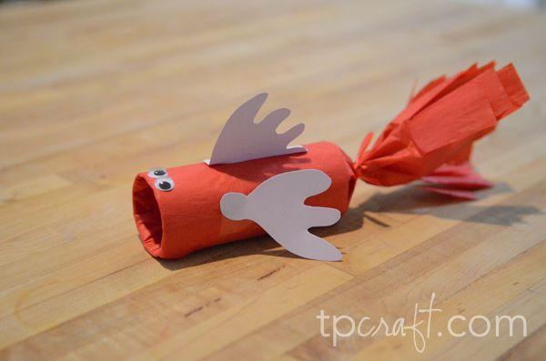 Diy children 39 s craft toilet paper roll fish tutorial for Toilet tissue crafts