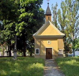 Anton Bernolak (* 3. oktober 1762, slanica – † 15. januar 1813, Nove Zamky) Anton Bernolak bol slovenský rimskokatolicky knaz, sľachtic ...