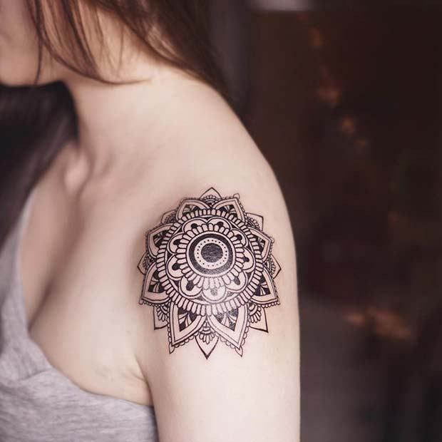 6d0a1c0f4 21 Most Beautiful Shoulder Tattoos for Women #ShoulderTattoos #WomenTattoo  #TattooDesign #TattooArt