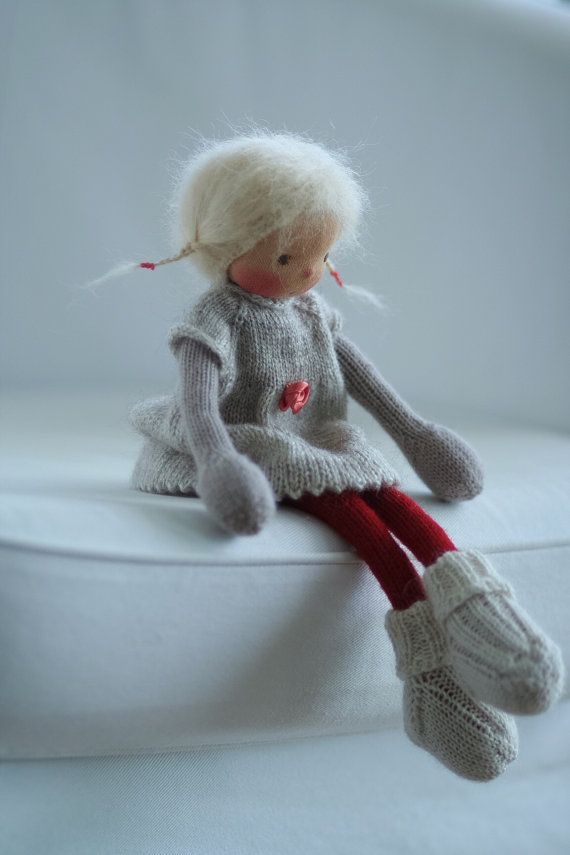 Gestrickte Doll Margo 14 Peperuda Puppen weiche Puppe
