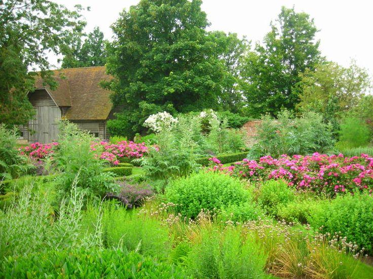 Potager garden design in manor house west of oxford for Potager garden designs