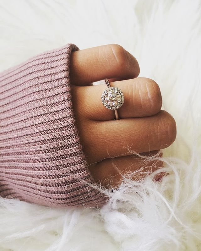 Real customers. Real proposals. Real engagement rings from Blue Nile.