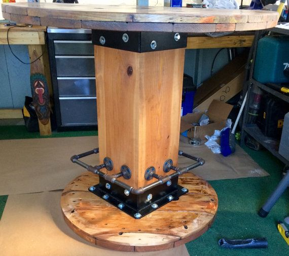 Best 25 wire spool tables ideas on pinterest for Small wire spool ideas