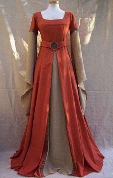 wiccian priestess gown | Wiccan -- Clothing for a Goddess                                                                                                                                                                                 More