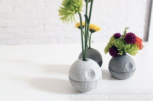 These DIY Death Star planters: | Community Post: 21 Subtle Ways To Decorate Your Home Like A Nerd
