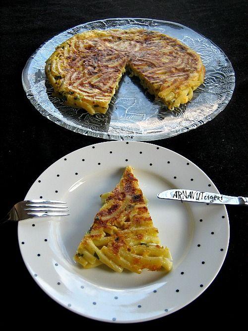 ARNAVUT CİĞERİ: Tavada Makarna Böreği