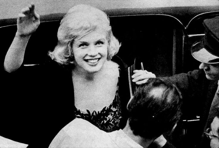 "Marilyn arriving at the Italian Cultural Institute of New York to receive the David Di Donnatello award for Best Foreign Actress in 1958 for her part in ""The Prince and The Showgirl"", May 13th 1959."