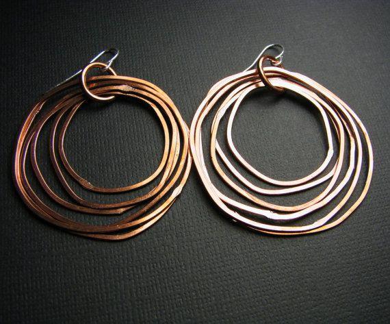 구리 후프 귀걸이 - 빛나는 마무리 - 계층화 된 반지 - 경량 - 수제