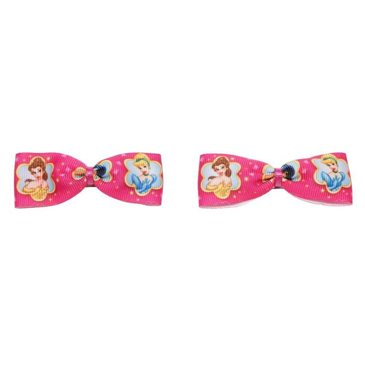 This set of grosgrain ribbon bow hair clips features your favorite Disney Princesses. Each hair clip features a picture of Belle and Cinderella. http://www.classycrafting.com/disneys-princess-bow-hair-clips/ £3.00