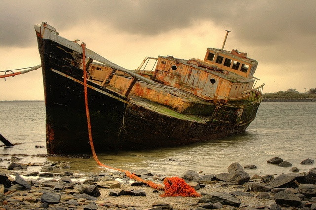 Old Wreck Bluff by rustyalishere, via Flickr