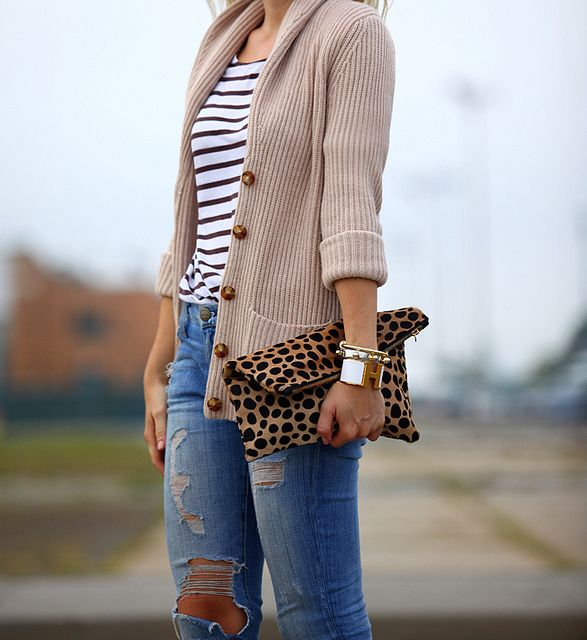 L.L.Bean Signature sweater, H & M top, Current/Elliott jeans, Clare Vivier clutch.