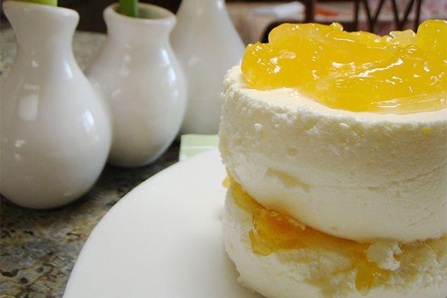 Mousse al limone: la ricetta del dessert fresco per l'estate