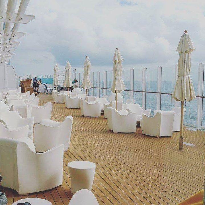 AIDAprima  #aidacruises #aida #aidaprima #kreuzfahrtschiff #kreuzfahrt #cruise #cruises #rostock #metropolen #hamburg #vitaminsea #wunderbar #freiheit #urlaub #travel #reise #holiday http://ift.tt/2cJCO9R