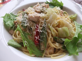 Peperoncino with grilled chicken, cabbage and okra in Nara