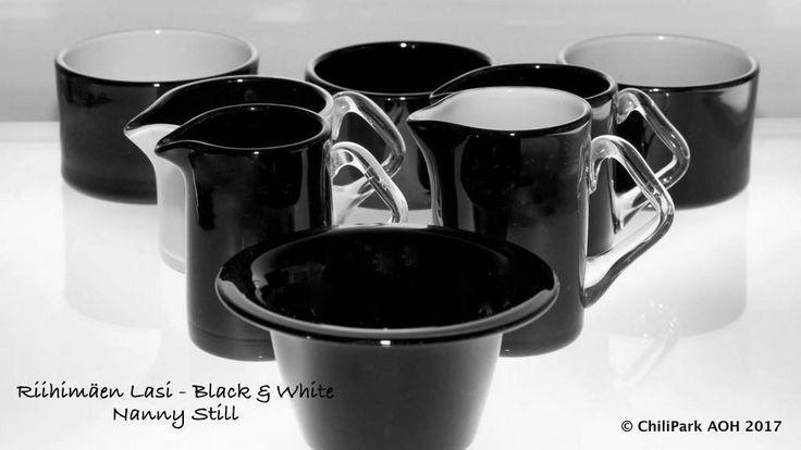 Nanny Still, black and white, riihimaen lasi, finnish glass