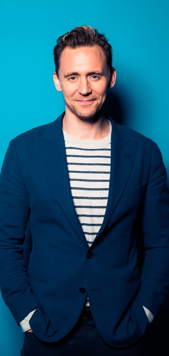 Tom Hiddleston at Deadline's The Contenders Emmys event on April 10, 2016. Full size image: http://www.tomhiddleston.us/gallery/albums/2016/events/deadlinephotoshoot/001.jpg Source: http://www.tomhiddleston.us/gallery/displayimage.php?album=lastup&cat=0&pid=32293#top_display_media #ThomasThursday