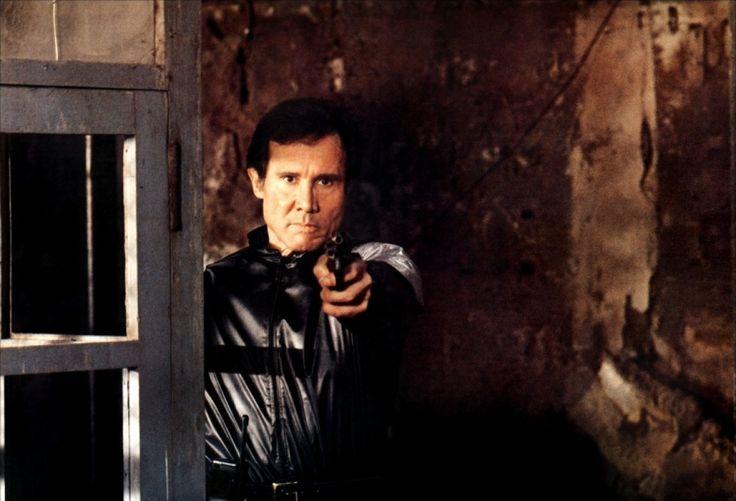 "Henry Silva in ""Fuga dal Bronx"" (1983) di Enzo G. Castellari"