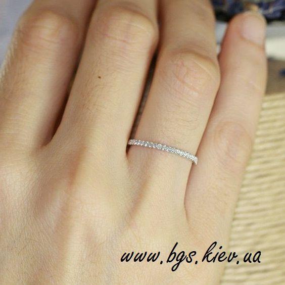 """Золотое кольцо с бриллиантами """"Queen"""" в белом золоте http://bgs.kiev.ua/zolotoe-koltso-s-brilliantami-queen"""
