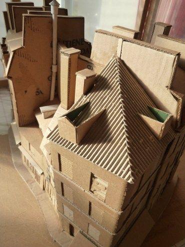 Technique pour faire des bâtiments en carton, avec plein de gros plans et des conseil pour les matériaux. Blog de jean-marc plumauzille A utiliser pour les maison de ma crèche !