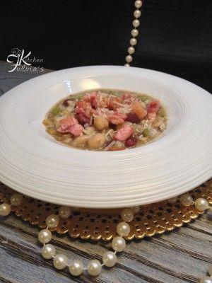 Zuppa di legumi e cereali con coriandoli di pancetta  Fulvia's Kitchen