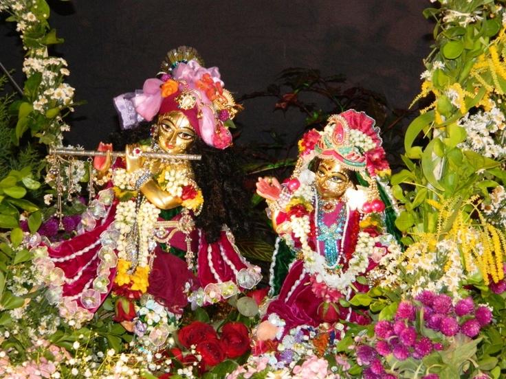 Jhulana Yatra Festival, Radha Kunjabihari @ISKCONPune  2012