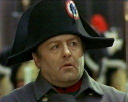 Rod Steiger, all'anagrafe Rodney Stephen Steiger (Westhampton, 14 aprile 1925 – Los Angeles, 9 luglio 2002), è stato un attore statunitense che ha interpretato Napoleone in Waterloo del 1970
