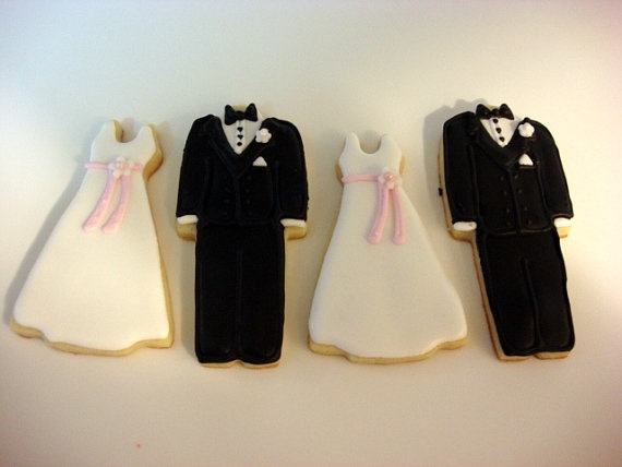Though there are no monetary prizes for second and third places, I wanted to give a shout out to @Aymee VanDyke at Wacky Cookies for her Bridal Cookie Favors Dresses and Tuxedos, which came in a close second with a whopping 94 unique pins.
