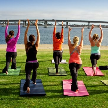 Outdoor Yoga at Mission Bay #Yoga #SanDiego when I move there. I will do that.