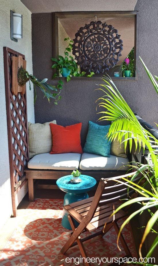 simple diy outdoor lounging bench for very small space