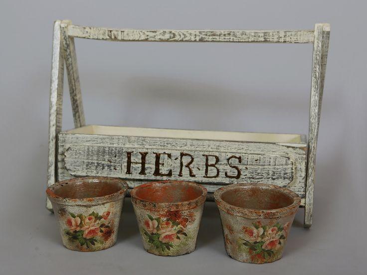 skrzynka na zioła; zielnik; domowa hodowla ziół; osłonka na doniczki; kwiaty; diy; shabby chic
