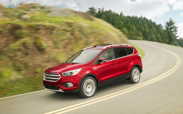 This Is The Conventional 2018 Ford Escape A Plug In Hybrid