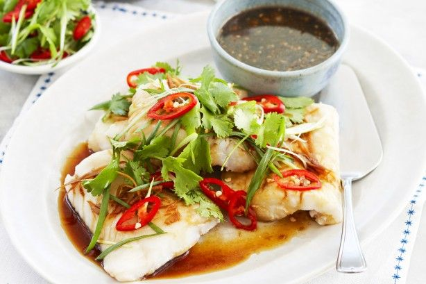 Cook this delicious and healthy steamed fish recipe with ginger and soy in just 25 minutes.