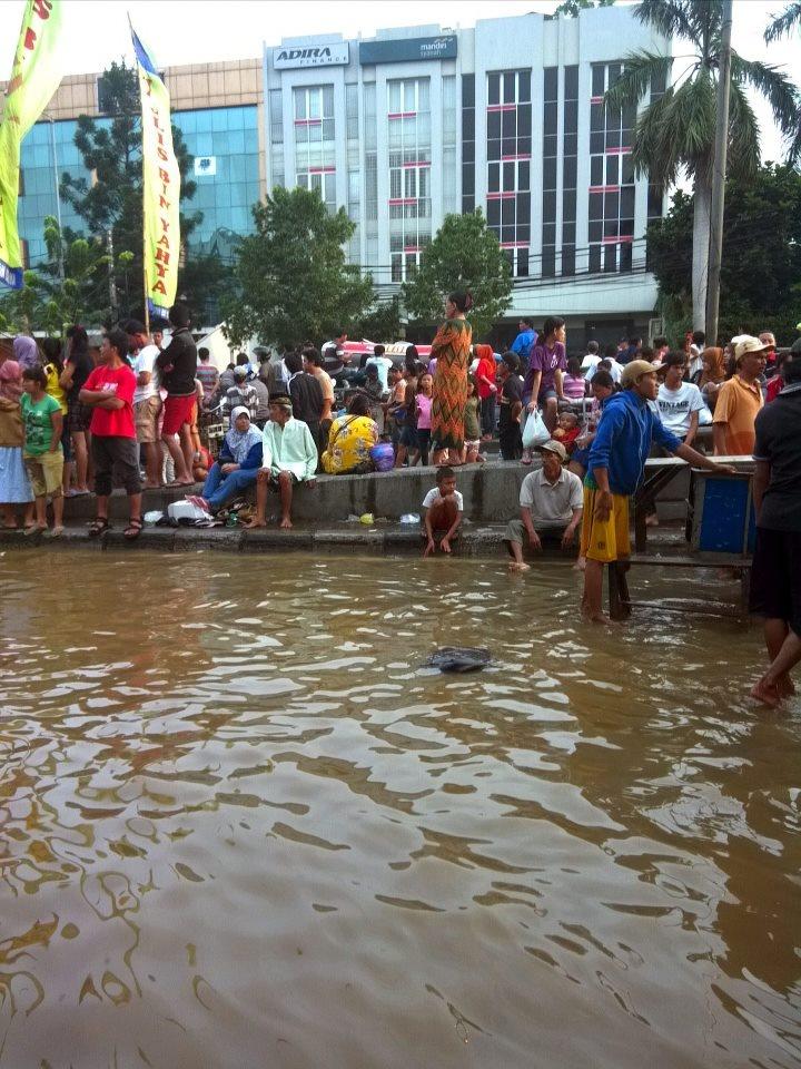 @ramadoni Kp.Melayu, 18 Januari 2013, 17.30 WIB