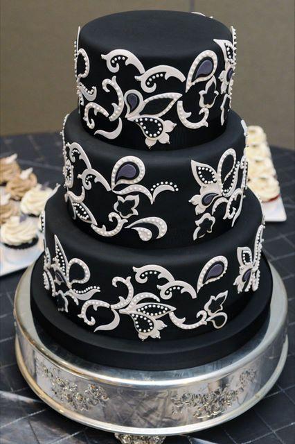 Paisley cake  #wedding #cake www.BlueRainbowDesign.com