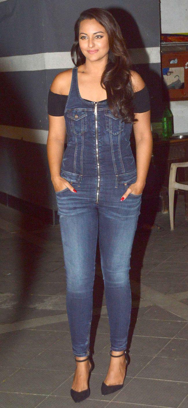Sonakshi Sinha at Gauri Khan's birthday bash. #Bollywood #Fashion #Style #Beauty