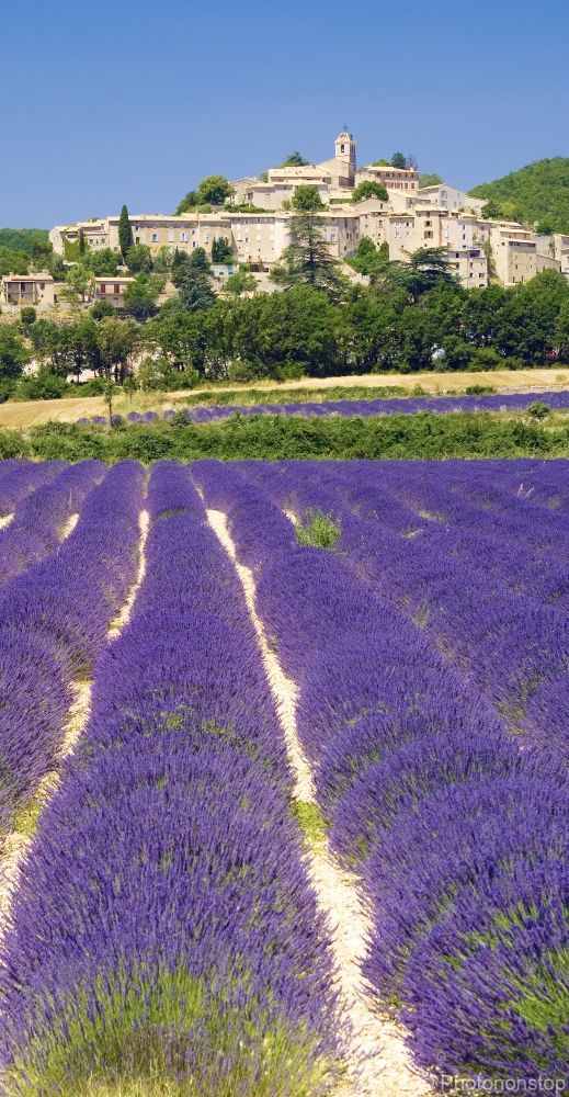 Banon, village du Luberon, Vaucluse, Provence /lnemni/lilllyy66/ Find more inspiration here: http://weheartit.com/nemenyilili/collections/88742485-travel