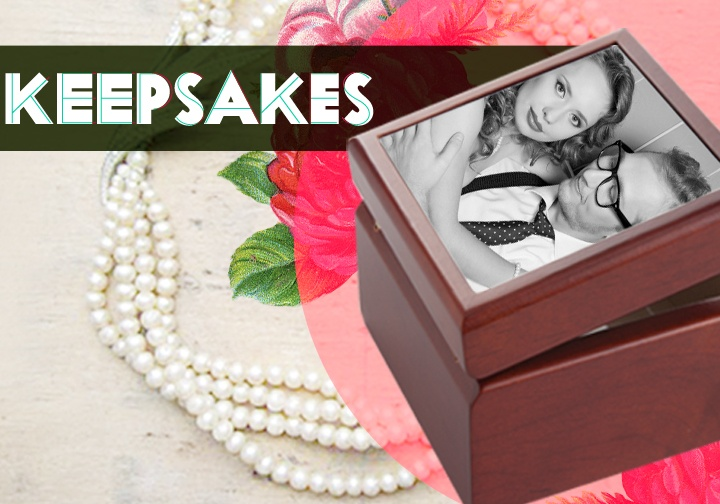 Keep the memory of grandmother alive on the inside and the outside of the Keepsake Memory Box. Perfect for jewelry.
