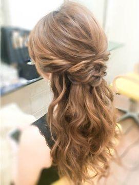 ハーフアップ☆ねじり - 24時間いつでもWEB予約OK!ヘアスタイル10万点以上掲載!お気に入りの髪型、人気のヘアスタイルを探すならKirei Style[キレイスタイル]で。