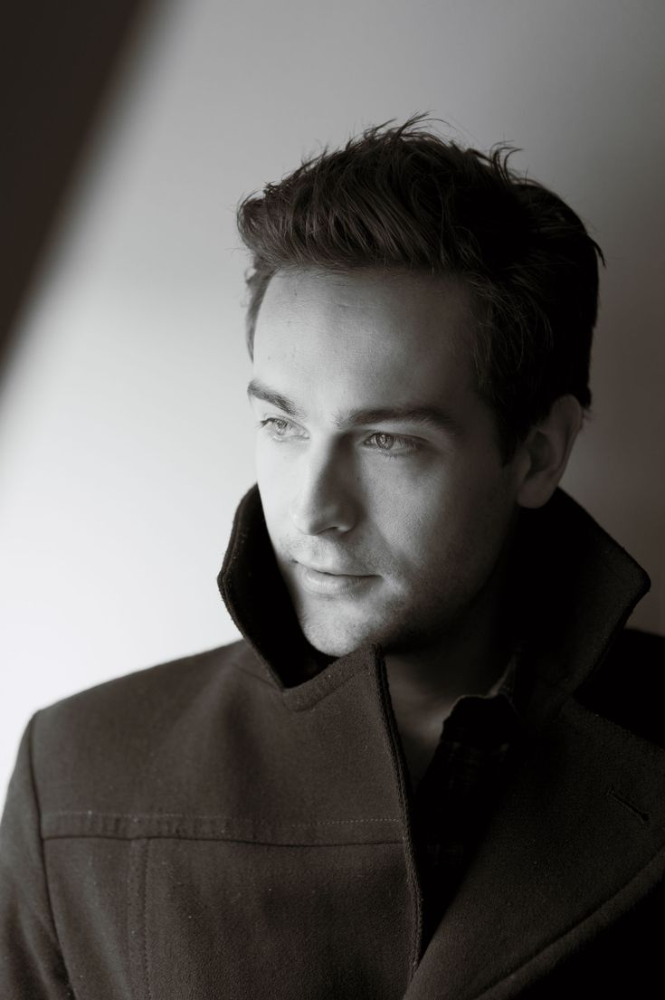 Tom Mison...saw this man on stage in London from the second row.  Was absolutely heavenly.  So pretty.