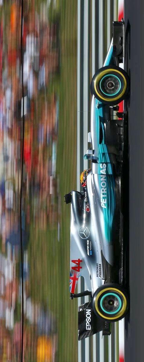 2017/8/15:Twitter:@AUTOSPORT_web : ハミルトン、フェラーリへの興味は認めるも「メルセデスF1を離れるのは引退のとき」と移籍を否定