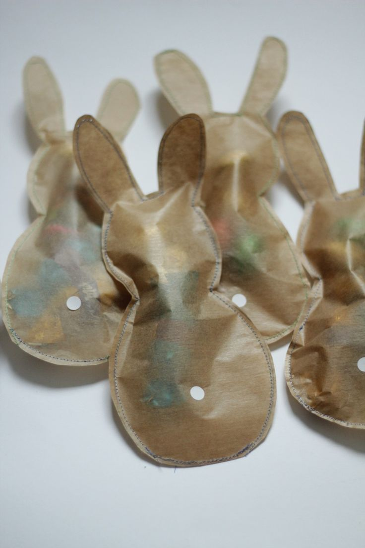 Oster DIY, Osterhasen aus Backpapier