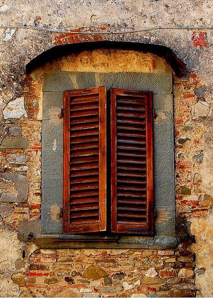 abriendo-puertas:    Tuscany. Italy. By Carolina Rojas