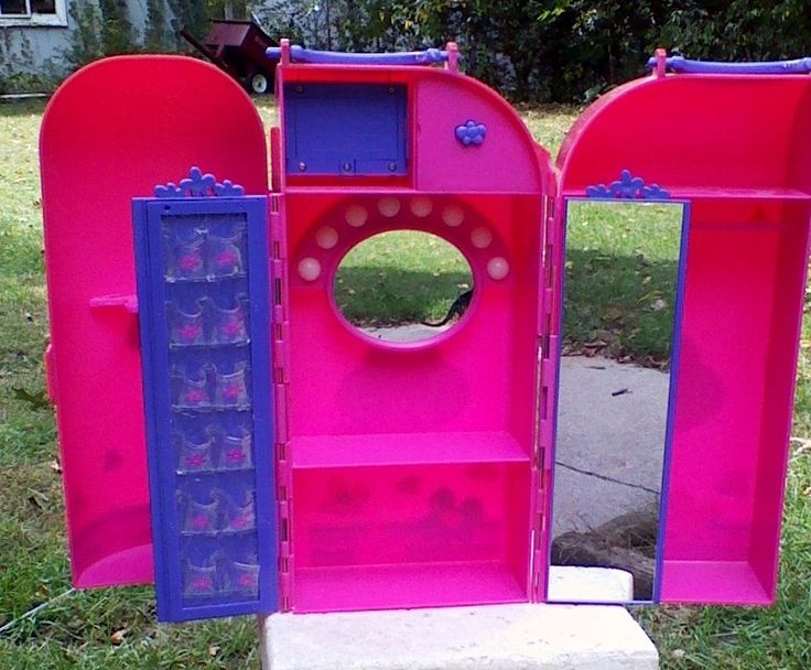 Barbie Vanity Light Up Mirror : 2000 Mattel Barbie Doll Carrying Case Wardrobe Vanity Box W/ Light Up Mirror EBAY Collectibles ...