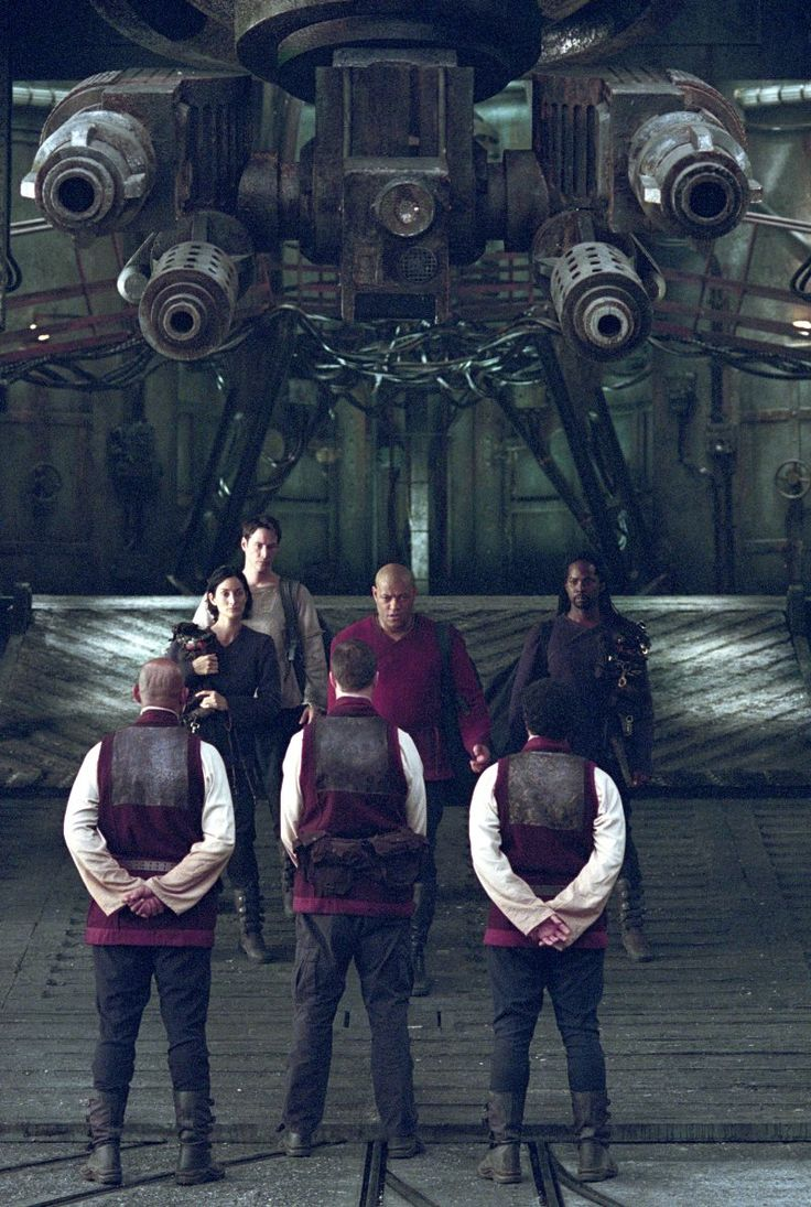 Still of Keanu Reeves, Carrie-Anne Moss and Harold Perrineau in The Matrix Reloaded