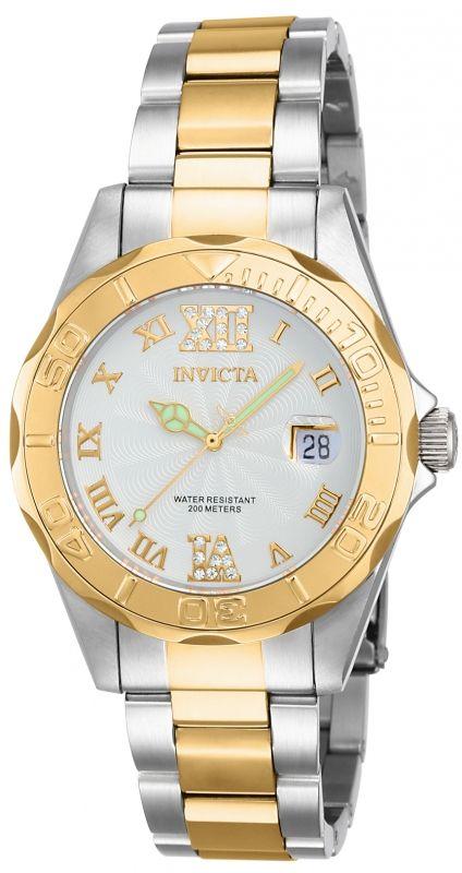 Invicta Pro Diver 14791, con maquinaria de cuarzo, resistencia al agua de 20 atmósferas y una elegante carátula con números romanos y cristales preciosos, hacen de este reloj una pieza que no puede faltar en tu colección.