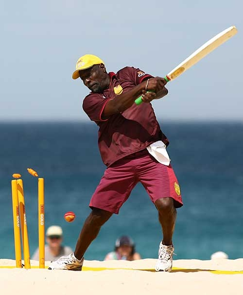 Viv Richards is bowled during beach cricket | Cricket Photo | ESPN Cricinfo  Viv Richards is bowled during beach cricket, Scarborough Beach, Perth, Australia, January 27, 2007.
